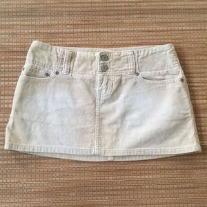 Abercrombie Vintage Cord Mini size 00 NWOT